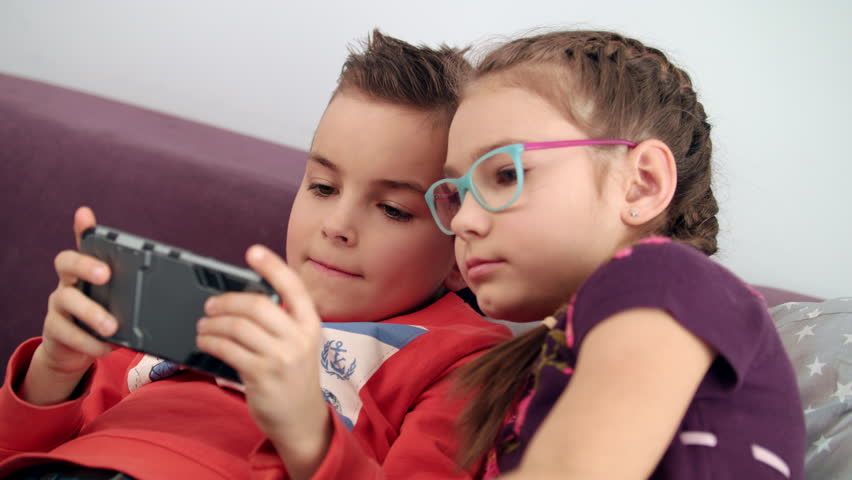 10-TIPS-FOR-CHILDREN-TO-AVOID-GROOMING-AND-PARENTAL-MONITORING-APPS-FOR-PARENTS
